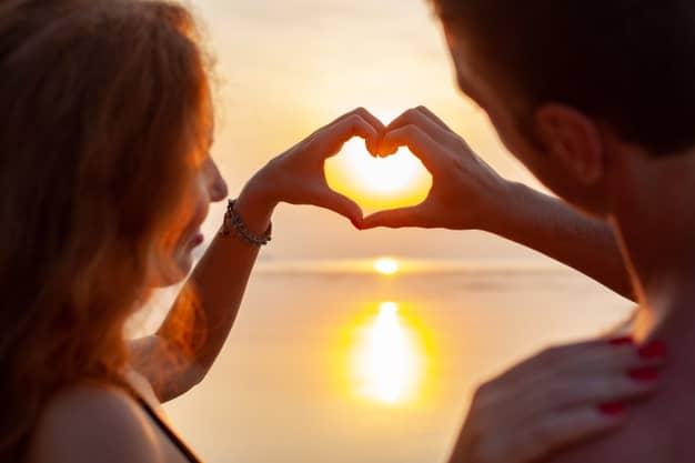 روابط عاطفی افرادی که تله رها شدگی دارند چگونه است؟